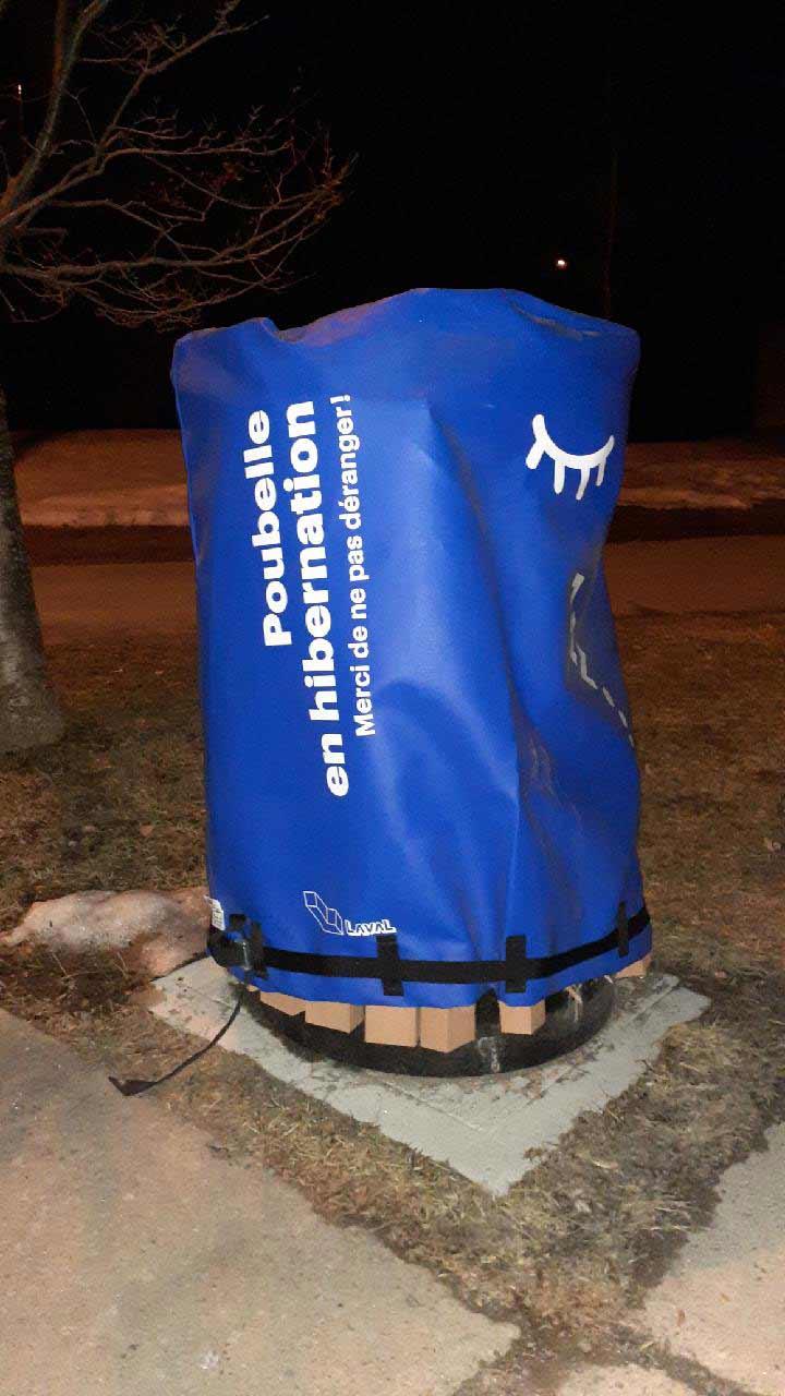 housse sur mesure pour poubelles - Laval