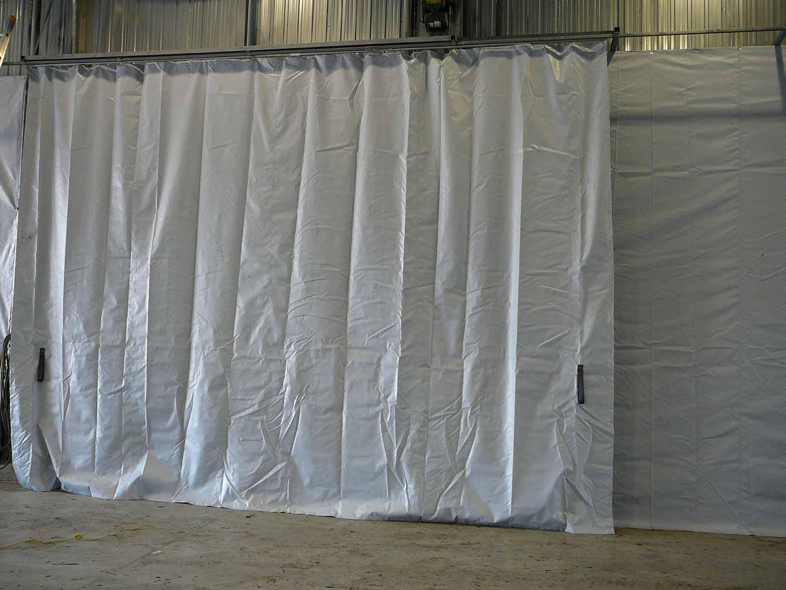 rideaux séparateurs industriels