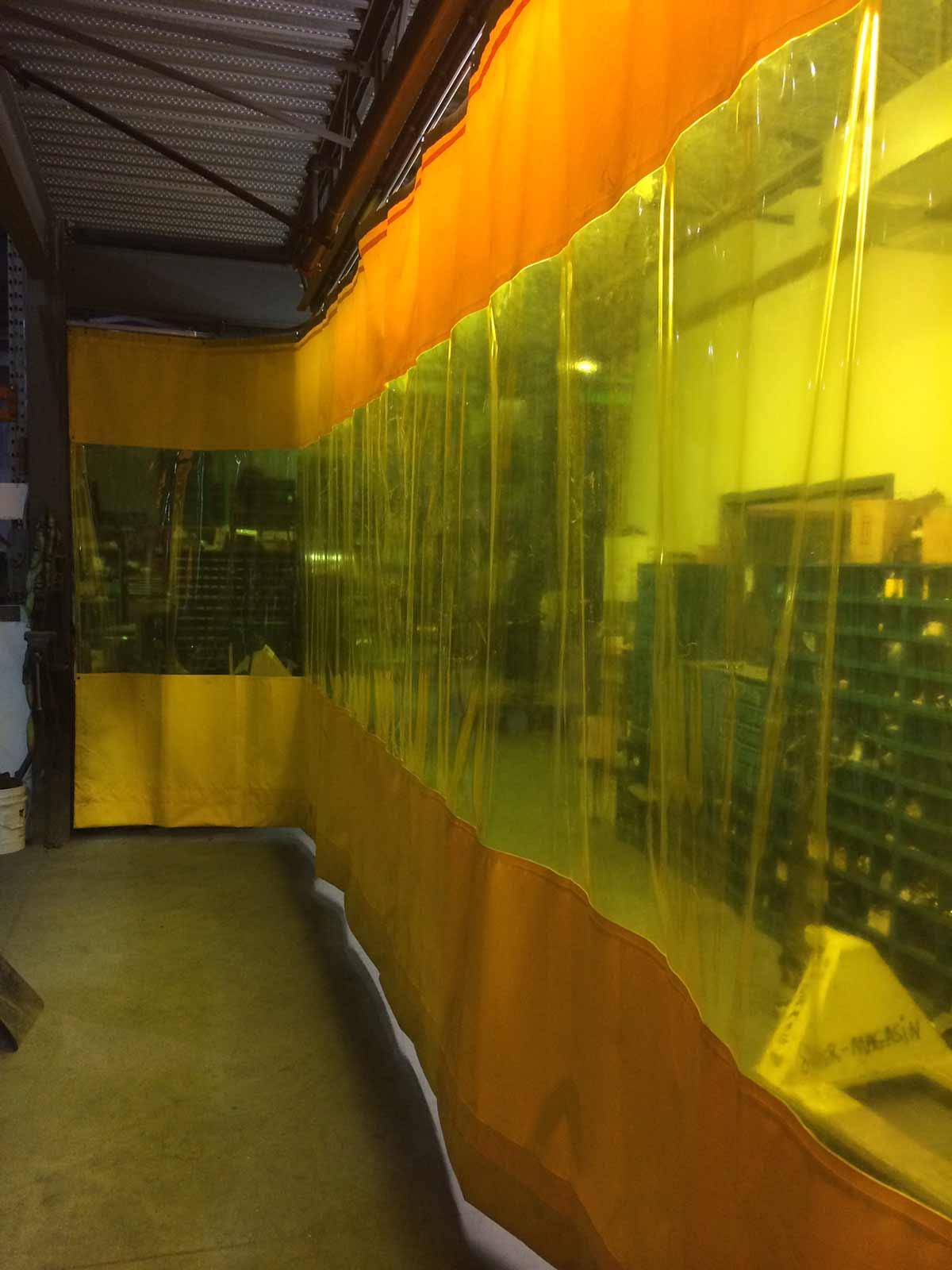 rideaux séparateurs en vinyle